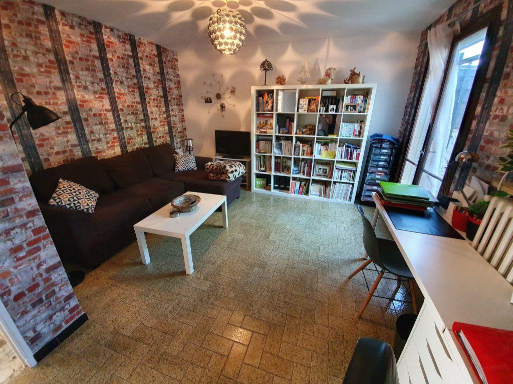 Maison à vendre 5 113m2 à Saint-Martin-de-Crau vignette-7