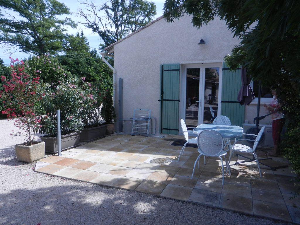 Maison à vendre 4 160m2 à L'Isle-sur-la-Sorgue vignette-3