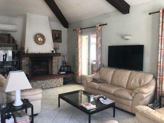 Maison à vendre 4 160m2 à L'Isle-sur-la-Sorgue vignette-4