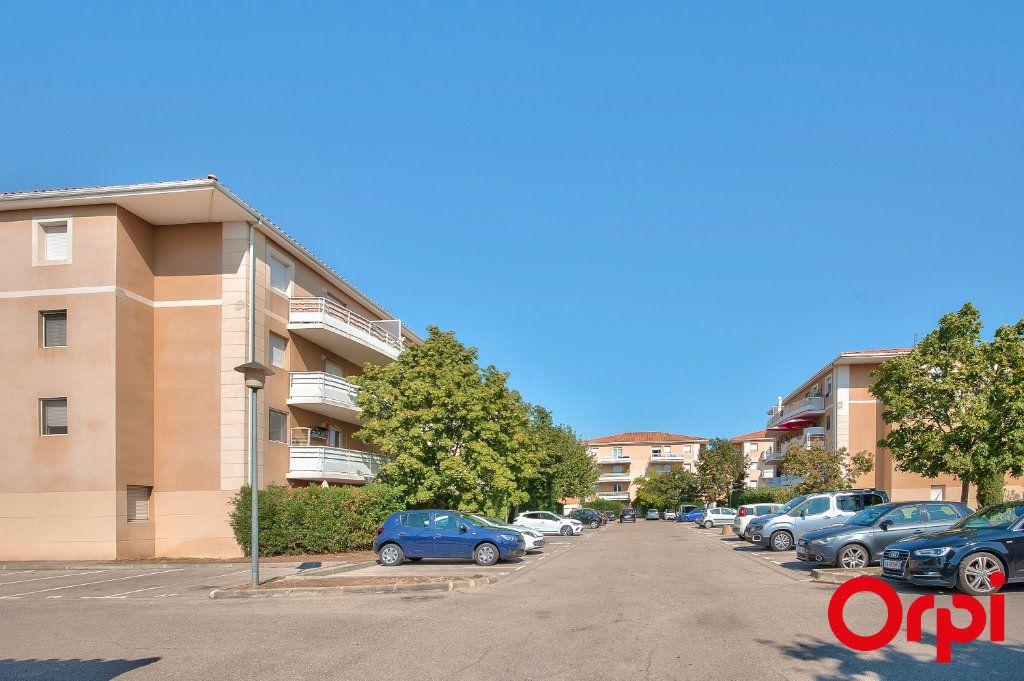 Appartement à vendre 2 48.2m2 à Miramas vignette-1