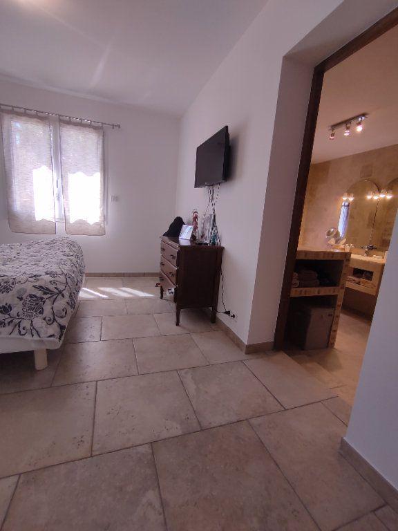 Maison à vendre 7 190m2 à Saint-Martin-de-Crau vignette-3