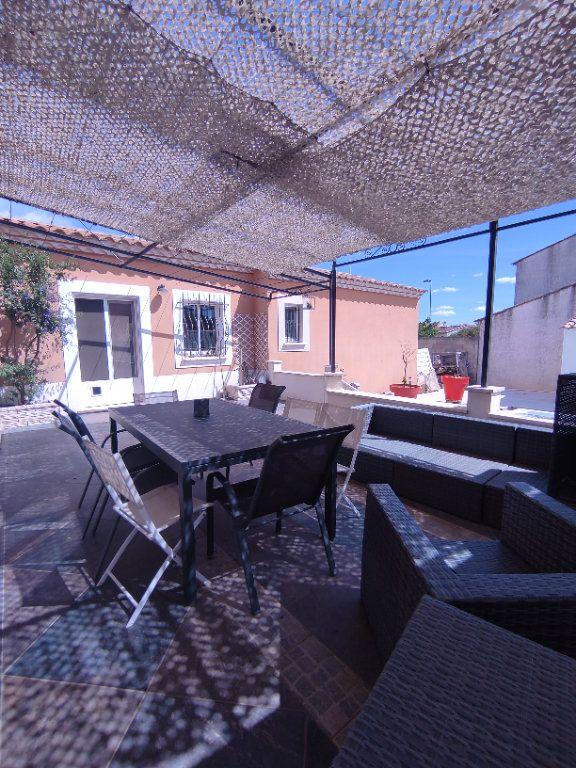 Maison à vendre 7 190m2 à Saint-Martin-de-Crau vignette-8