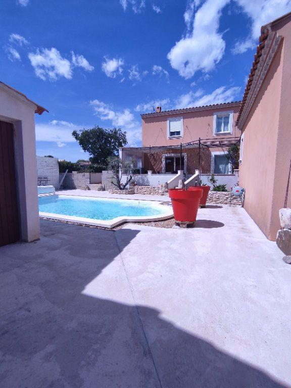 Maison à vendre 7 190m2 à Saint-Martin-de-Crau vignette-9