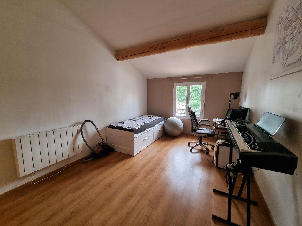 Appartement à vendre 3 65m2 à Montfavet - Avignon vignette-4
