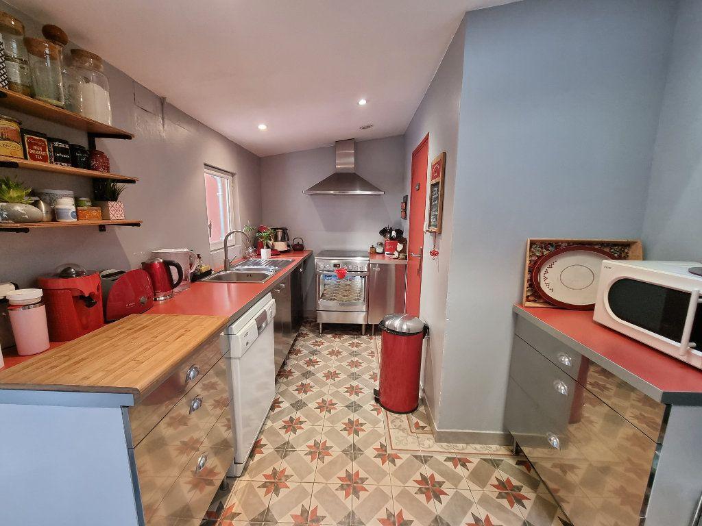 Maison à vendre 4 91.1m2 à Avignon vignette-1