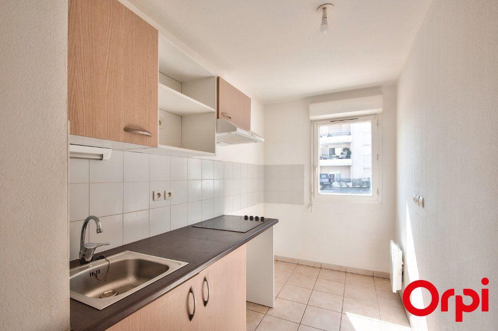Appartement à vendre 3 60.44m2 à Miramas vignette-4
