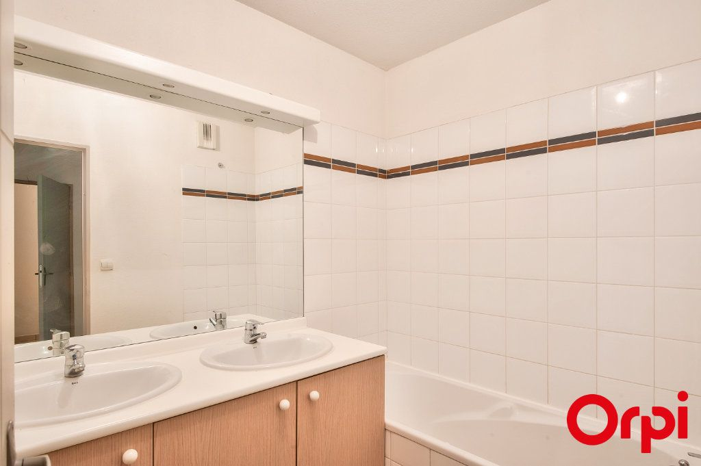 Appartement à vendre 3 60.44m2 à Miramas vignette-7
