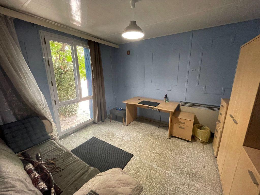 Maison à vendre 4 82.2m2 à Montfavet - Avignon vignette-5