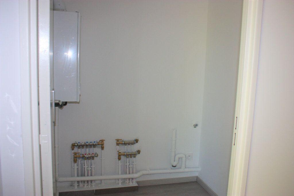 Appartement à louer 3 74.9m2 à L'Isle-sur-la-Sorgue vignette-8