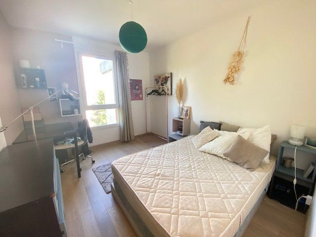 Appartement à louer 3 61.22m2 à Avignon vignette-7