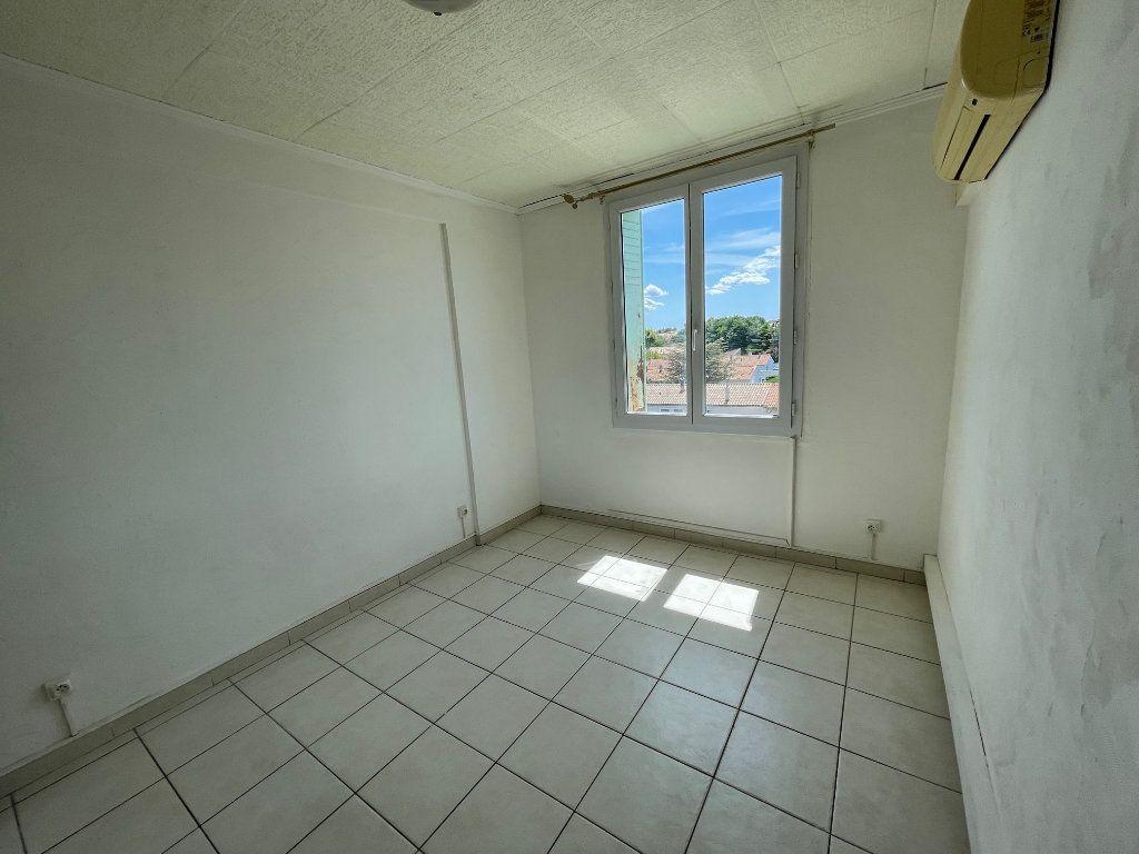 Appartement à vendre 3 53.7m2 à Miramas vignette-4