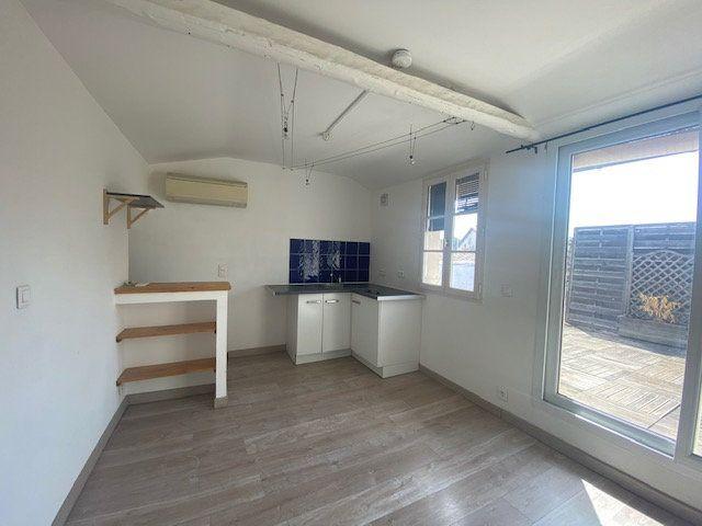 Appartement à louer 2 32.5m2 à Avignon vignette-2