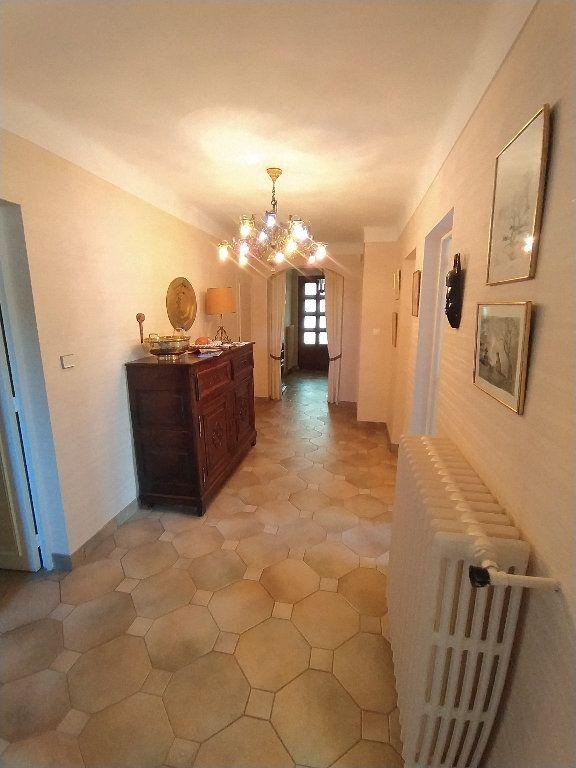 Maison à louer 7 191.78m2 à Miramas vignette-3