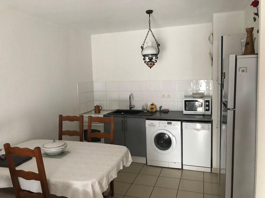 Appartement à vendre 2 47m2 à Miramas vignette-1