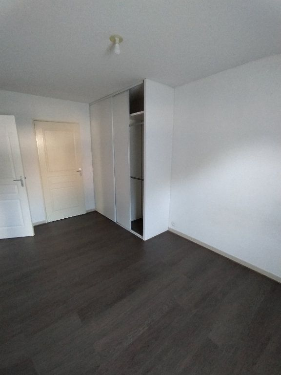 Appartement à louer 2 42.74m2 à Istres vignette-5