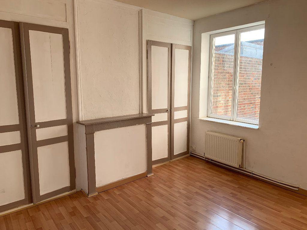 Appartement à louer 2 44.16m2 à Lille vignette-1