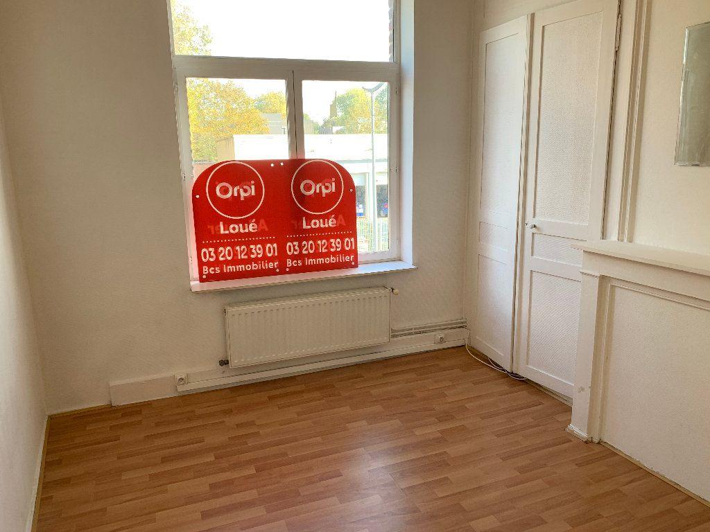 Appartement à louer 2 44.16m2 à Lille vignette-5