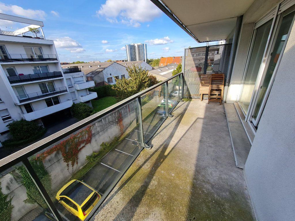 Appartement à louer 2 44m2 à Roubaix vignette-3