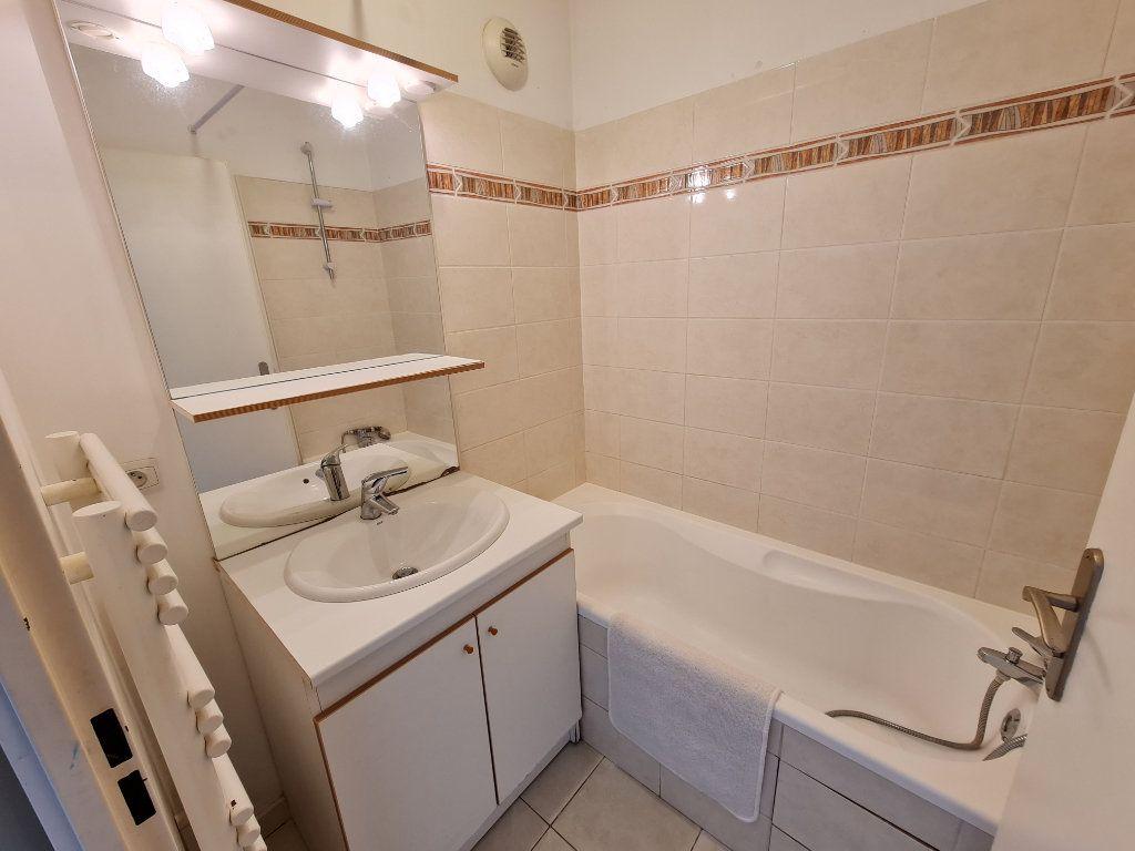 Appartement à louer 2 44m2 à Roubaix vignette-8