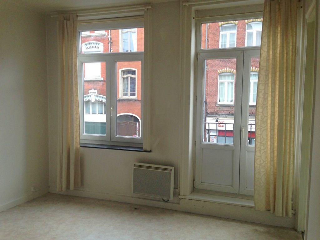 Appartement à louer 1 20.86m2 à Lille vignette-1
