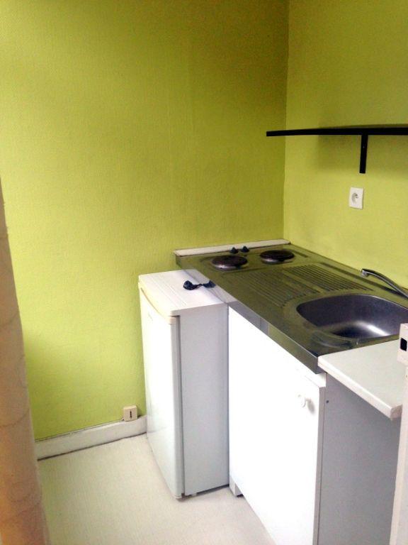 Appartement à louer 1 20.86m2 à Lille vignette-2