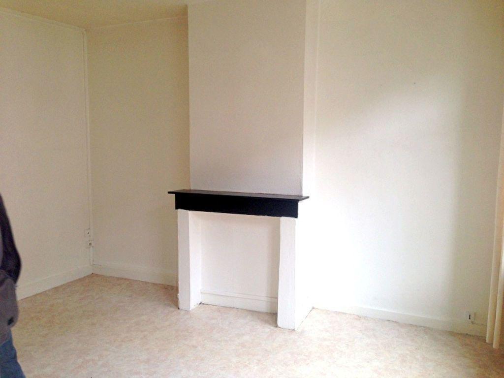 Appartement à louer 1 20.86m2 à Lille vignette-3