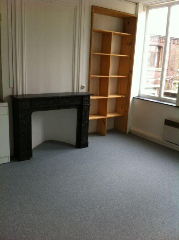 Appartement à louer 2 35.37m2 à Lille vignette-2