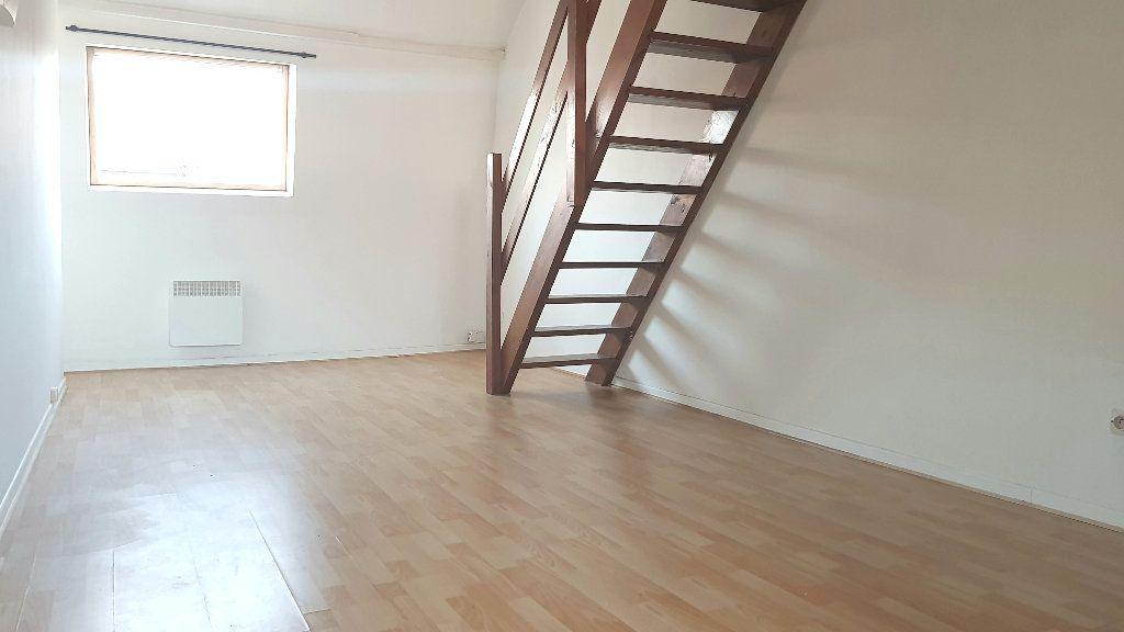 Appartement à louer 1 40m2 à Tourcoing vignette-2