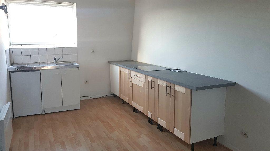 Appartement à louer 1 40m2 à Tourcoing vignette-3