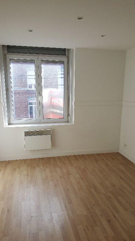 Appartement à louer 1 20.68m2 à Lille vignette-3