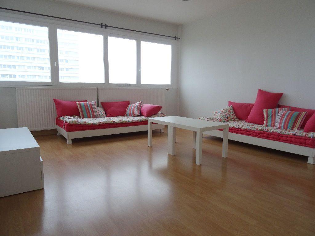 Appartement à louer 3 89.96m2 à Mons-en-Baroeul vignette-3