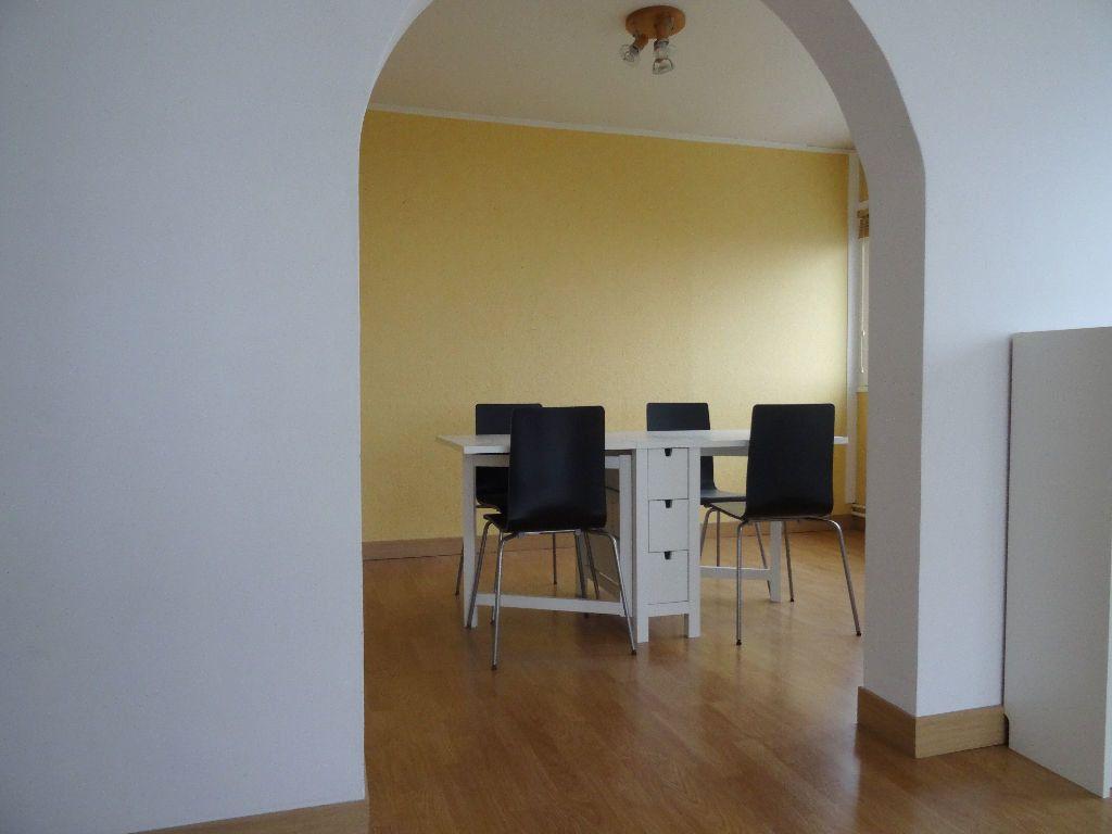 Appartement à louer 3 89.96m2 à Mons-en-Baroeul vignette-5