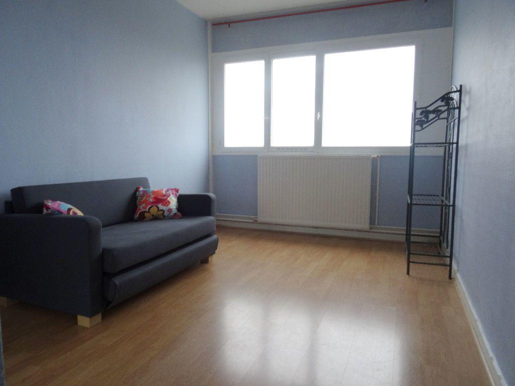 Appartement à louer 3 89.96m2 à Mons-en-Baroeul vignette-6