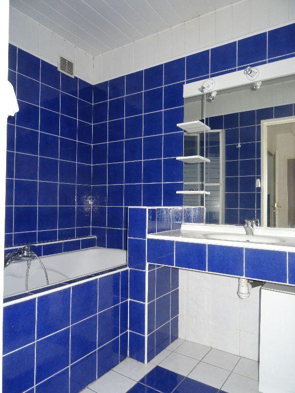 Appartement à louer 3 89.96m2 à Mons-en-Baroeul vignette-9