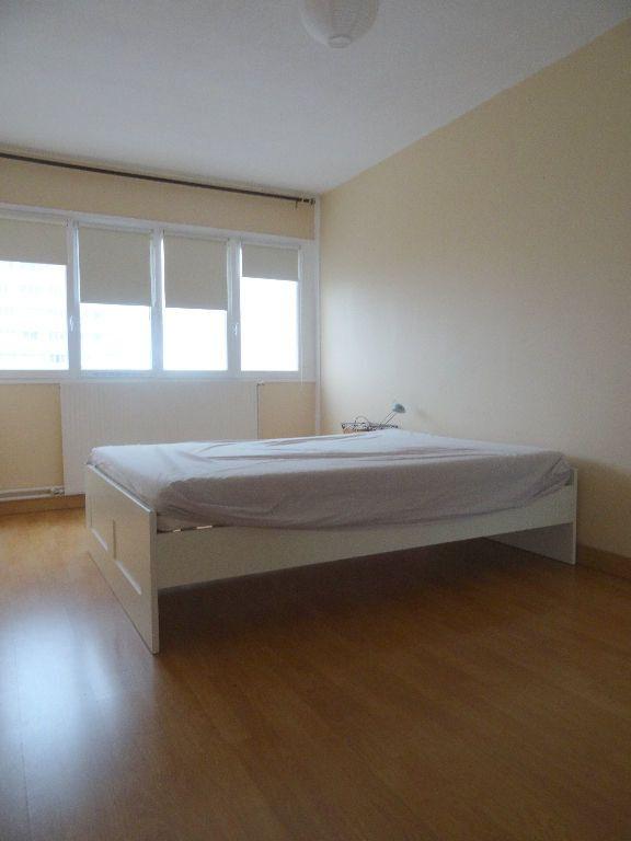 Appartement à louer 3 89.96m2 à Mons-en-Baroeul vignette-10