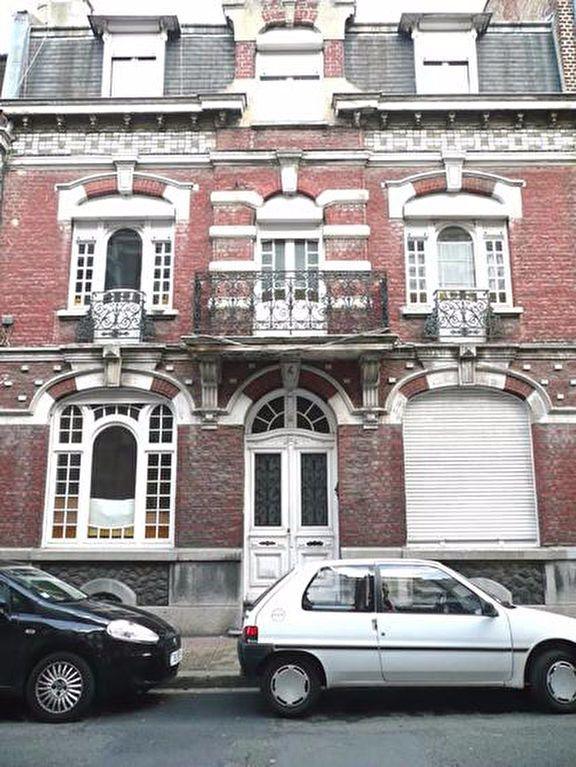 Appartement à louer 1 16m2 à Lille vignette-4