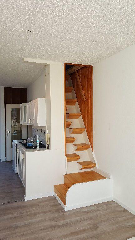 Maison à louer 4 113m2 à Lille vignette-11