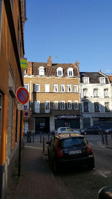 Appartement à louer 1 13.96m2 à Lille vignette-6