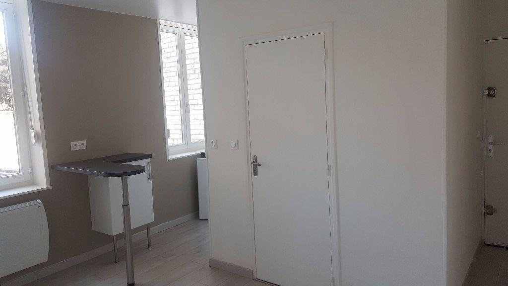 Appartement à louer 1 19.82m2 à Lille vignette-3