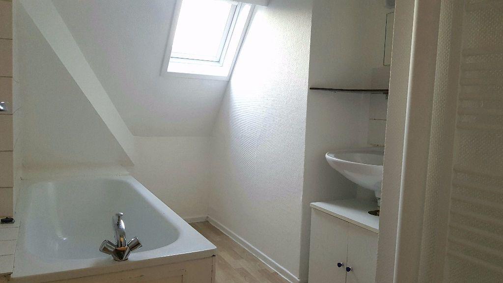 Appartement à louer 1 27m2 à Tourcoing vignette-4