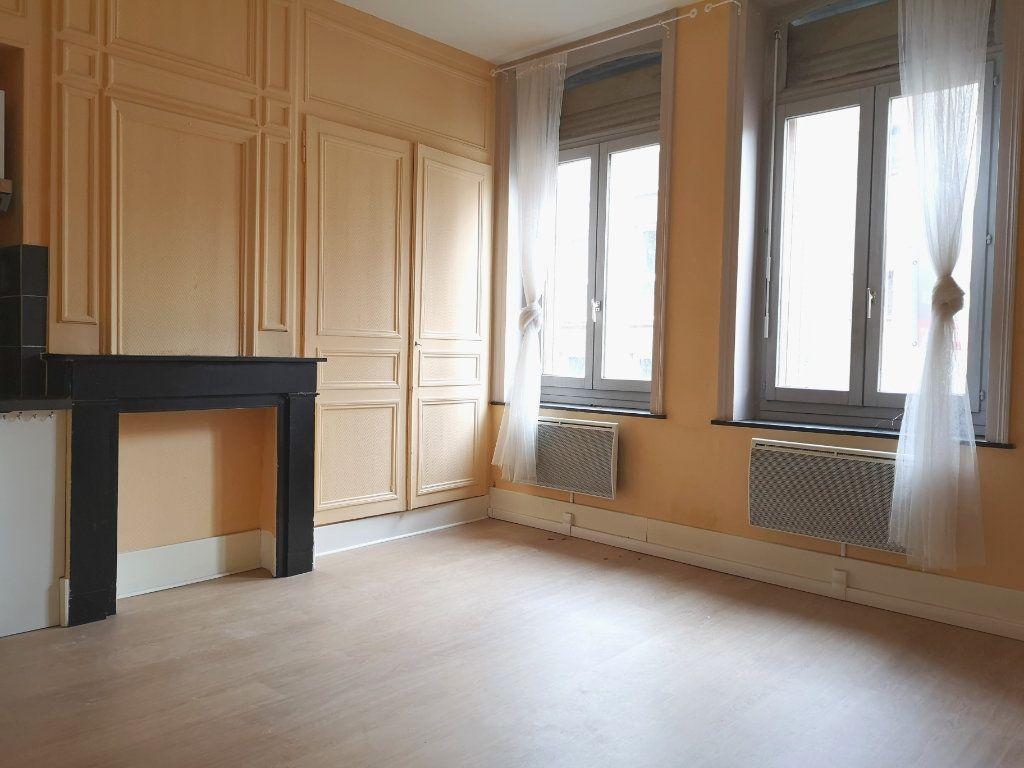 Appartement à louer 1 30m2 à Lille vignette-2
