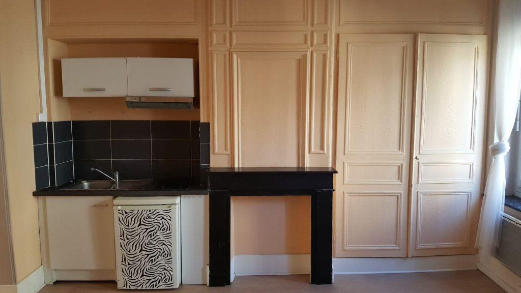 Appartement à louer 1 30m2 à Lille vignette-3