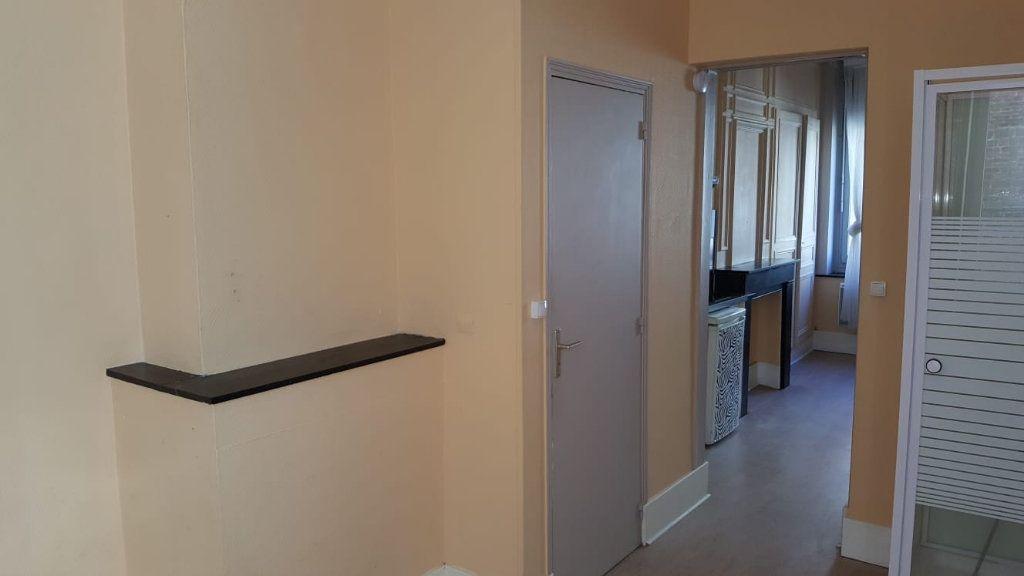 Appartement à louer 1 30m2 à Lille vignette-6