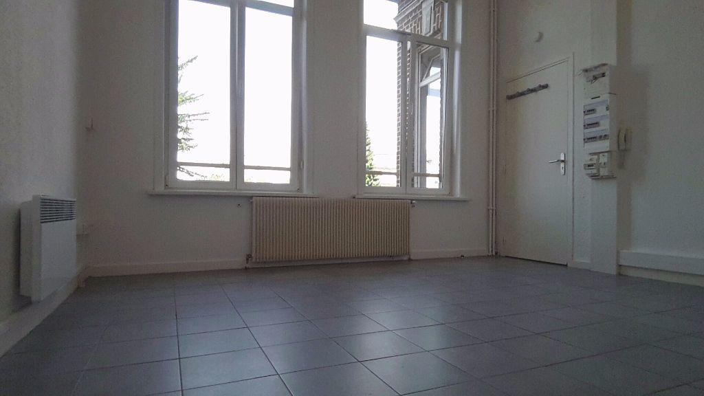 Appartement à louer 1 22m2 à Tourcoing vignette-1