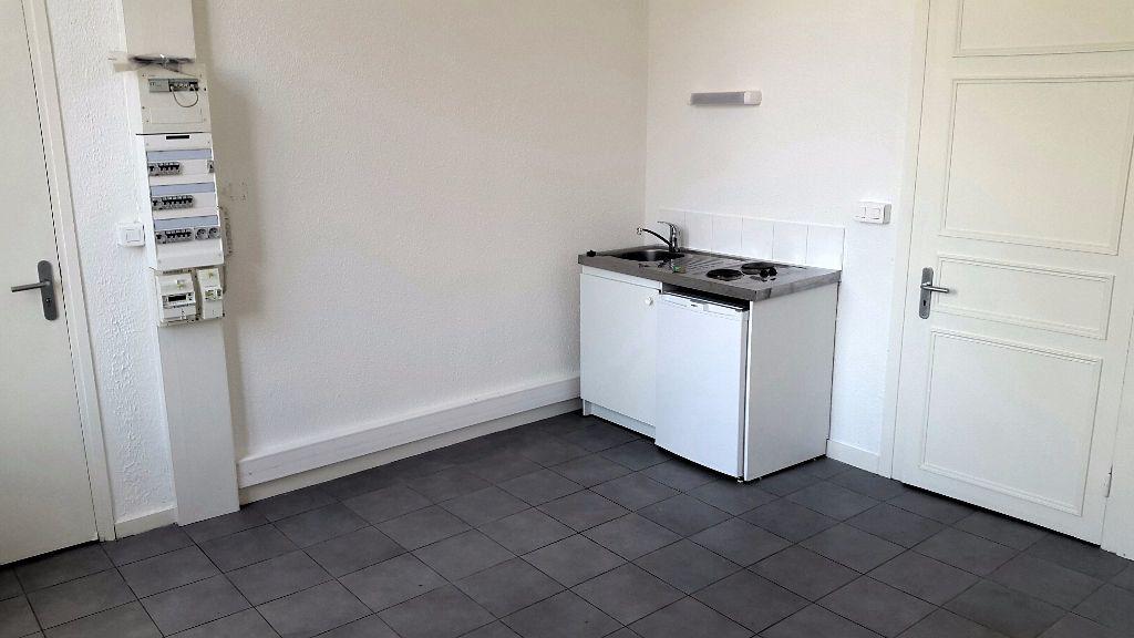 Appartement à louer 1 22m2 à Tourcoing vignette-4
