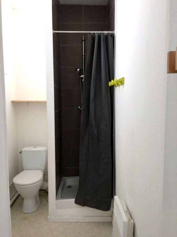 Appartement à louer 2 34.45m2 à Lille vignette-6