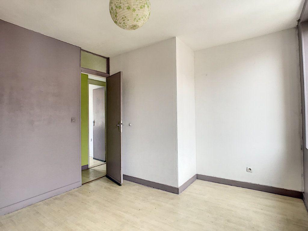 Maison à louer 3 67.77m2 à Lille vignette-7