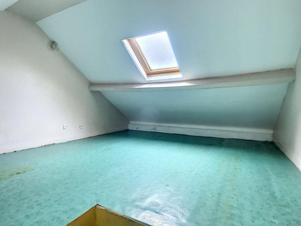 Maison à louer 3 67.77m2 à Lille vignette-8