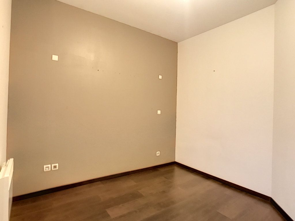 Appartement à louer 2 44.12m2 à Lille vignette-8