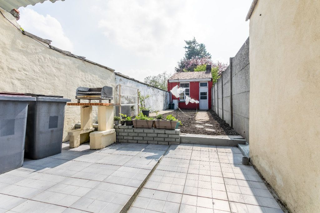 Maison à vendre 5 140m2 à Tourcoing vignette-3